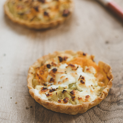 Leek, carrots and goats cheese tartlets recipe