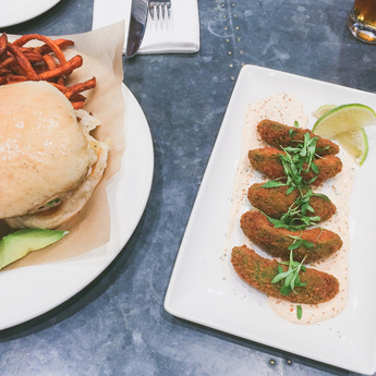 Tampa City Guide - Lunch at Oxford Exchange