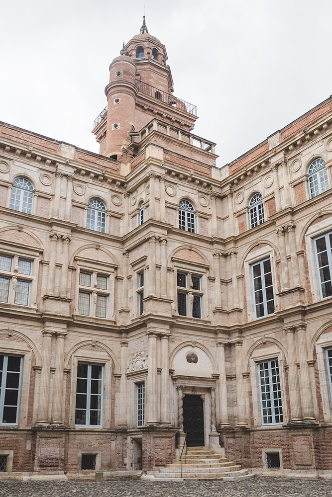 Toulouse City Guide -  Hotel d'Assézat