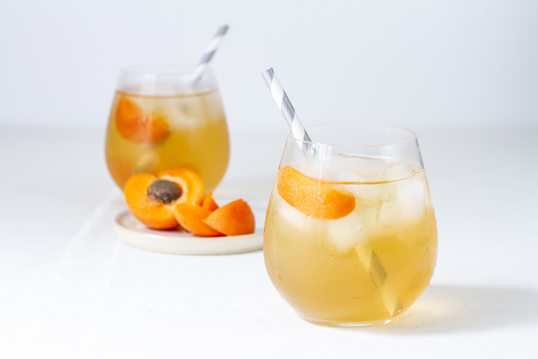 Apricot & Tonka Iced Green Tea Recipe