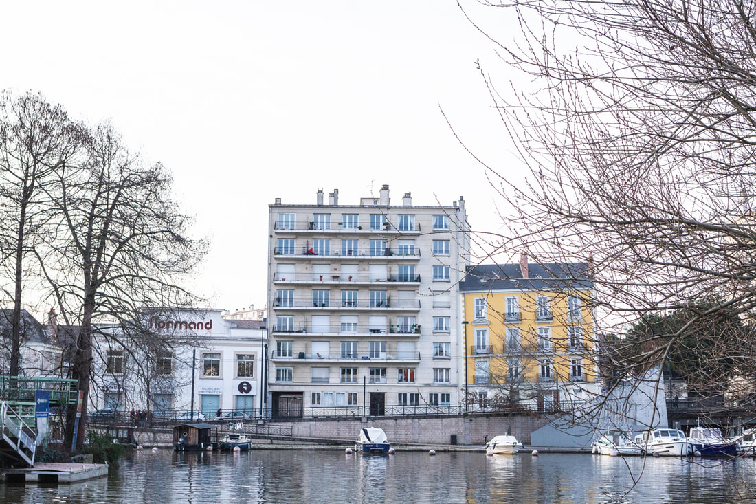 Along the Erdre River in Nantes